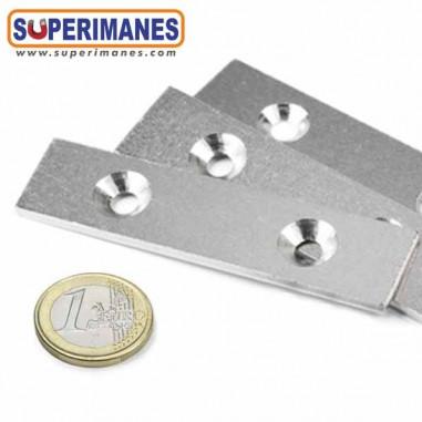 Base metálica para atornillar 80x20x3mm 2 taladros BA-80-20-03
