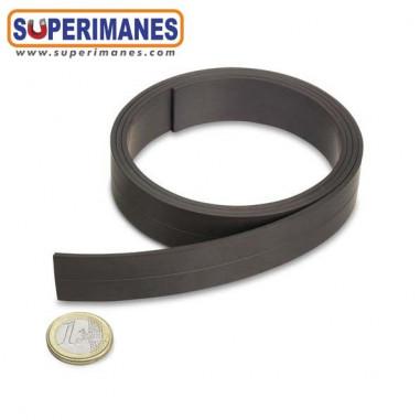 Imán flexible en cinta natural 20mm x 2mm