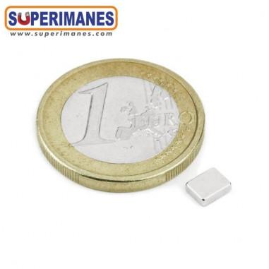 iman-neodimio-bloque-magnetico-rectangular-5x4x1.5mm-B-05-04-1.5