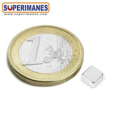iman-neodimio-bloque-magnetico-cuadrado-5x5x3mm-N52-B-05-05-03-N52