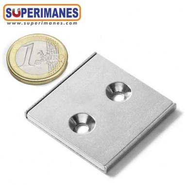 iman-en-recipiente-para-atornillar-avellanado-barra-magnetica-plana-40x40x04mm